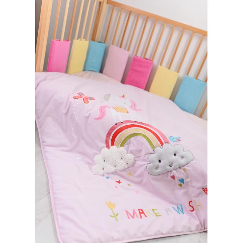 best service d6d89 a149e Bizzi Growin Cot Bed Quilt-Rainbow & Unicorns