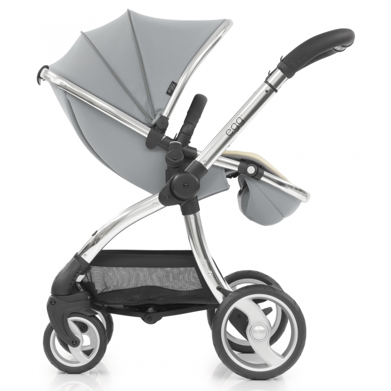 Egg� Mirror Finish Exclusive Stroller Frosted Steel