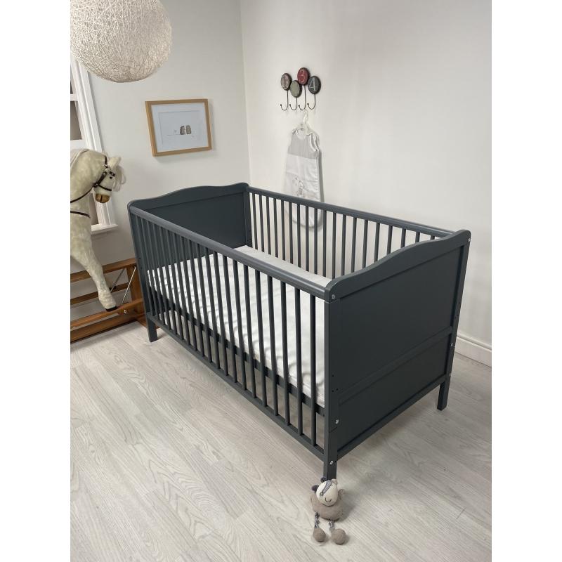 Kiddies Kingdom Cot Bed/Toddler Bed (140 x 70cm)-Grey Including Foam Mattress Worth £40!