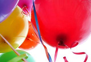 320px-Happy_balloons